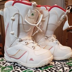 Women's snowboarding boots for sale